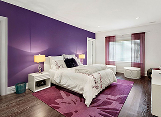 Room painted Ultra Violet Color of the year 2018